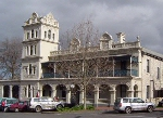 View accomodations in and around Yarra Glen
